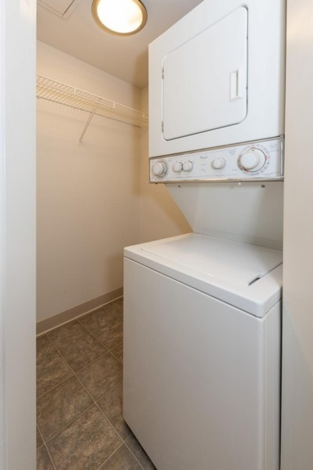washer/dryer and closet