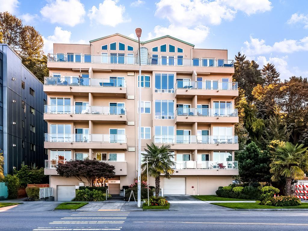 1238 Alki Condominiums