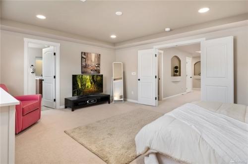 Interior Photo 3
