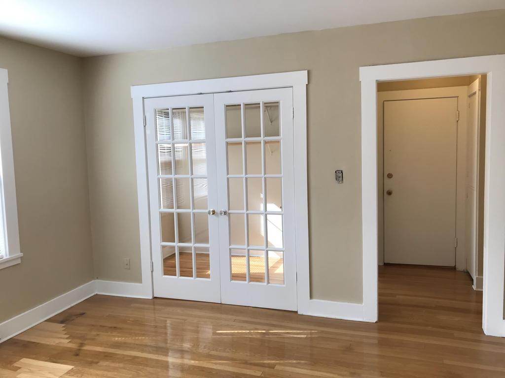 Living Room & Closet/Den