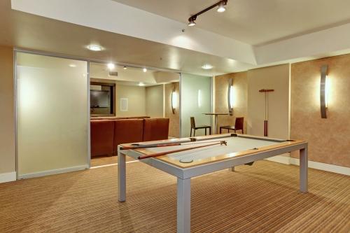 Clubroom 3