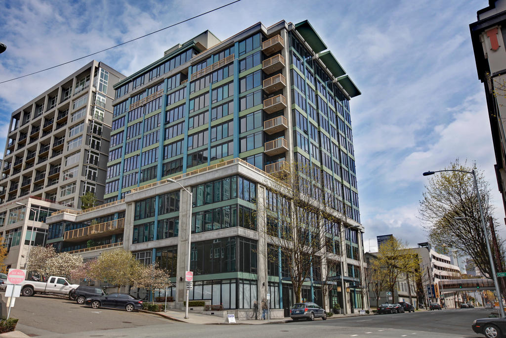 Bellora Condominiums - Unobstructed Views on the Waterfront