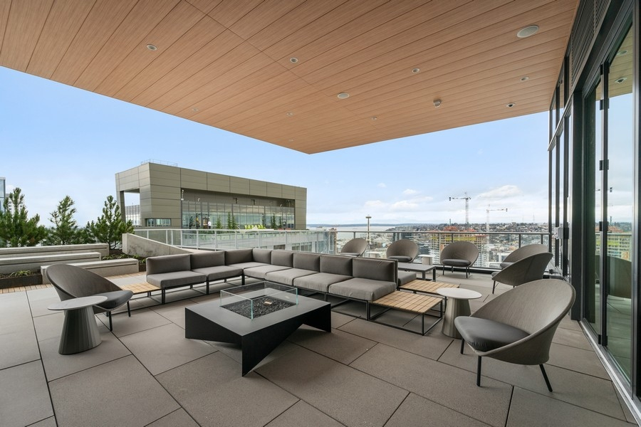 Sky Parlor Outdoor Lounge
